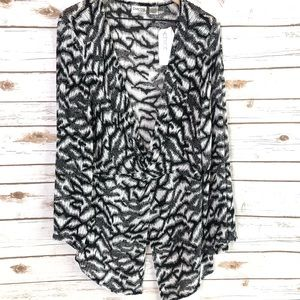 Chico's Travelers NWT Black & White Open Knit Top